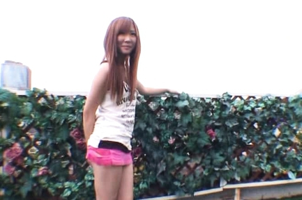 Rin Momoka Asian beauty likes fucking outdoors