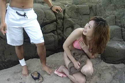 Mami Lovely Asian model has sex with an ocean view