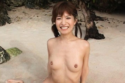 Ann Nanba Asian babe enjoys super outdoor sex action