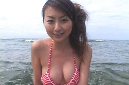 rei aoki asian shows racy tits and gets cum outdoorjp