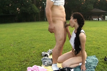 Kinky Japanese mature sporty chick is fucked outdoors