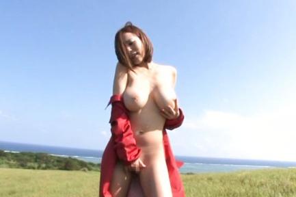 Ruri Saijoh busty Japanese AV model shows big tits