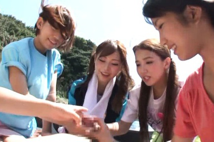Young Japanese AV Models are sharing a tasty cock