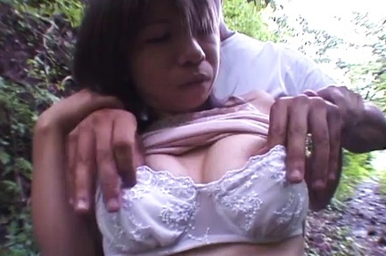 Great amateur Asian porn show with horny milf