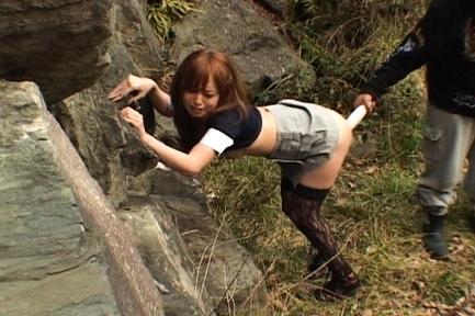 Ichika Cute Asian teen likes outdoor fucking